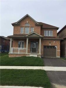 Beautiful House With 3 Bedroom for lease.