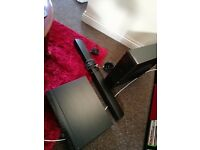 Pioneer blu-ray DVD player with subwoofer, soundbar & ipod dock (old gen)