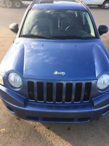 2007 Jeep Compass SUV 4 x 4 /S Roof / Heated seat /  LOW KMS!!!
