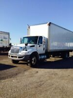 2010 International 4300 4x2, Used Dry Van
