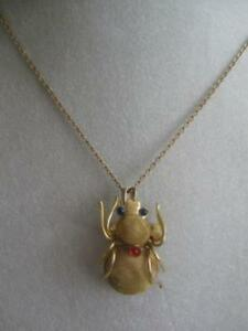 "UNUSUAL LITTLE LIFE-LIKE GOLDTONE ""SPIDER"" PENDANT NECKLACE / CO"