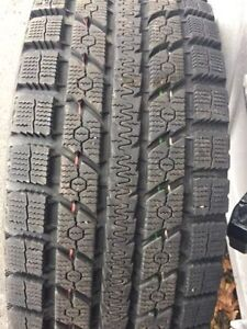 265/75R16 TOYO OPEN COUNTRY COMME NEUF!