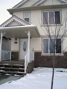Look No More! A Fantastic Home in Terwillegar Town for Rent