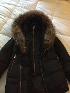 Manteau Hiver grandeur small porter que 2 fois