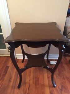 Antique oak parlour table