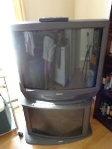 Sony Trinitron Tv with Sony stand ..dvd too..