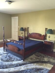 Antique Gripped Dobell bed room set