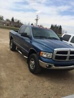 2005 Dodge ram 3500 cummins 4x4 great shape must see
