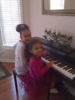MUSIC LESSONS FOR GUITAR AND PIANO $11/30MINS AVAILABLE 7 DAYS