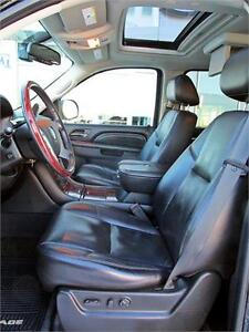 2010 Cadillac Escalade ESV 4x4 Sunroof DVD Leather 8 passenger Edmonton Edmonton Area image 12