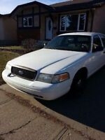 2010 crown victoria ex police car in great shape.