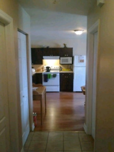 2 CHAMBRES bien située a Hull ***GREAT 2 BEDROOM in Hull