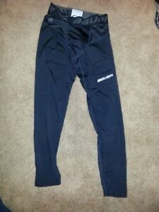 Bauer Compression Fit Pants with Cup - Size Youth Medium