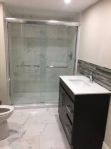 Bright Bachelor Apartment in Downtown Brampton