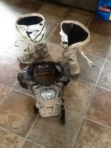 Dirt bike gear and bag for sale
