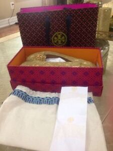 authentic tory burch loafer