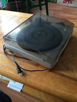 Innovative Technology turntable with USB out