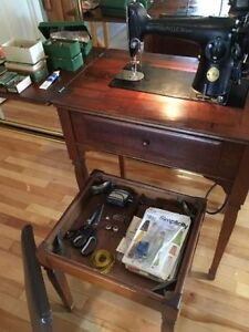 Singer Sewing Machine & Table - Includes Original Accessories