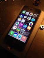 Iphone 5 - 16 GB Bell