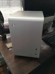 Rosewill U2-S Mini-ITX Aluminum Case