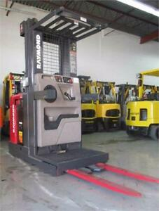 RAYMOND ORDER PICKER 3000LB CAPACITY WITH WIRE GUIDE SYSTEM