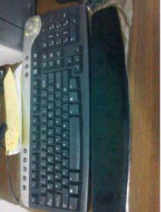 Dell keyboard multi media keys, usb, volum  moving sale rexdale