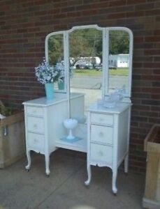 Vanity/Make Up Table/Dressing Table