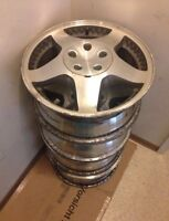 SET OF 4 16 INCH FACTORY ALLOY RIMS