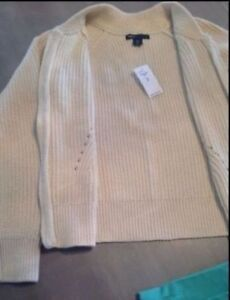 Brand New with Tags - Gap Zip up knit Sweater