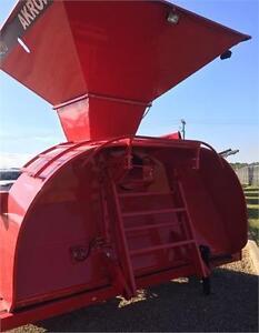 GTT 4010 Grain Bagger
