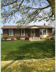 All Inclusive Student Home for Rent - 1 Min from Niagara College