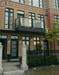 #56-8161 Kipling Ave Vaughan Ontario Must see  house!