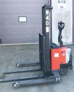 Gerbeur électrique BT S12S - Electric pallet stacker-forklift