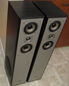 QUEST TOWER SPEAKERS w/built in SIDE SUBWOOFERS