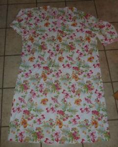 Women's Asian dress, size XL (or XXL) Kitchener / Waterloo Kitchener Area image 1