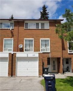 Location! BrightSpacious 4+1 Townhouse In Great Location With