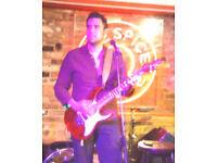Frontman seeks drummer Hard Rock/ Glam/ Grunge