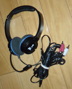 Is available ---- PS3 Turtle Beach Earforce PLa