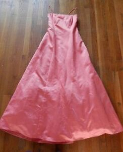 5 long dresses / gowns (prom, pageant, formal occasions..)
