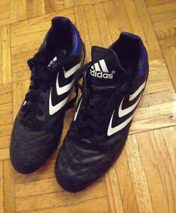 Adidas Ladies Cleats, size 5