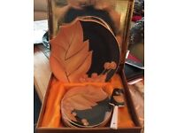 BEAUTIFUL 8 PIECE CAKE SERVING SET 24 carat Japanese gold leaf