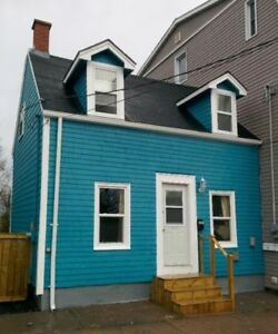 One bedroom house in Central/North End Halifax - One Year Sublet