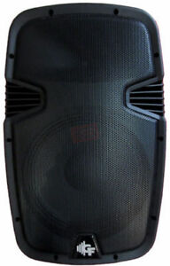 Groove Factory15''powered speaker 600 watts ABS1507/A New