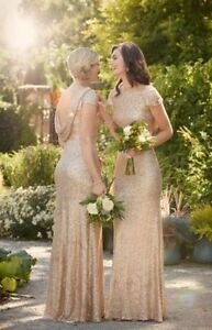 STUNNING GOWN - great for prom/bridesmaid/ball