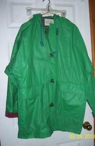 Women's raincoat hooded size 12-14 LIKE NEW