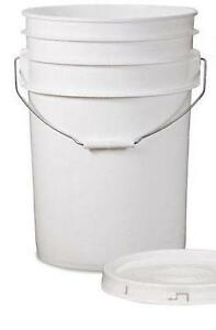 20 x 20 Litre White Plastic Buckets with Lids $4.50ea Middle Park Brisbane South West Preview