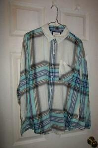 Women's plaid shirt plaid top Size med EXCELLENT
