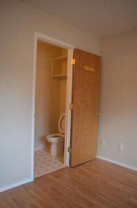 Pet Friendly 3-Bed Main Floor Suite near NAIT - DEAL ENDS TODAY! Edmonton Edmonton Area image 5