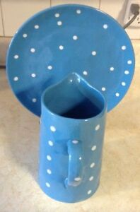 "JUG AND PLATTER IN BLUE. SPRINKLE COLLESTION""MAXWELL & WILLIAMS"
