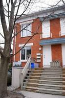 LOCATION! Gorgeous 1 Bed+ Den w/ Balcony Near Everything!